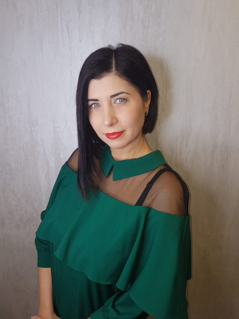 Дикарева Дина Юрьевна